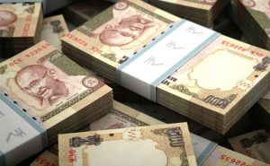 Deposits above Rs 2.5 lakh to face tax, 200% penalty on mismatch