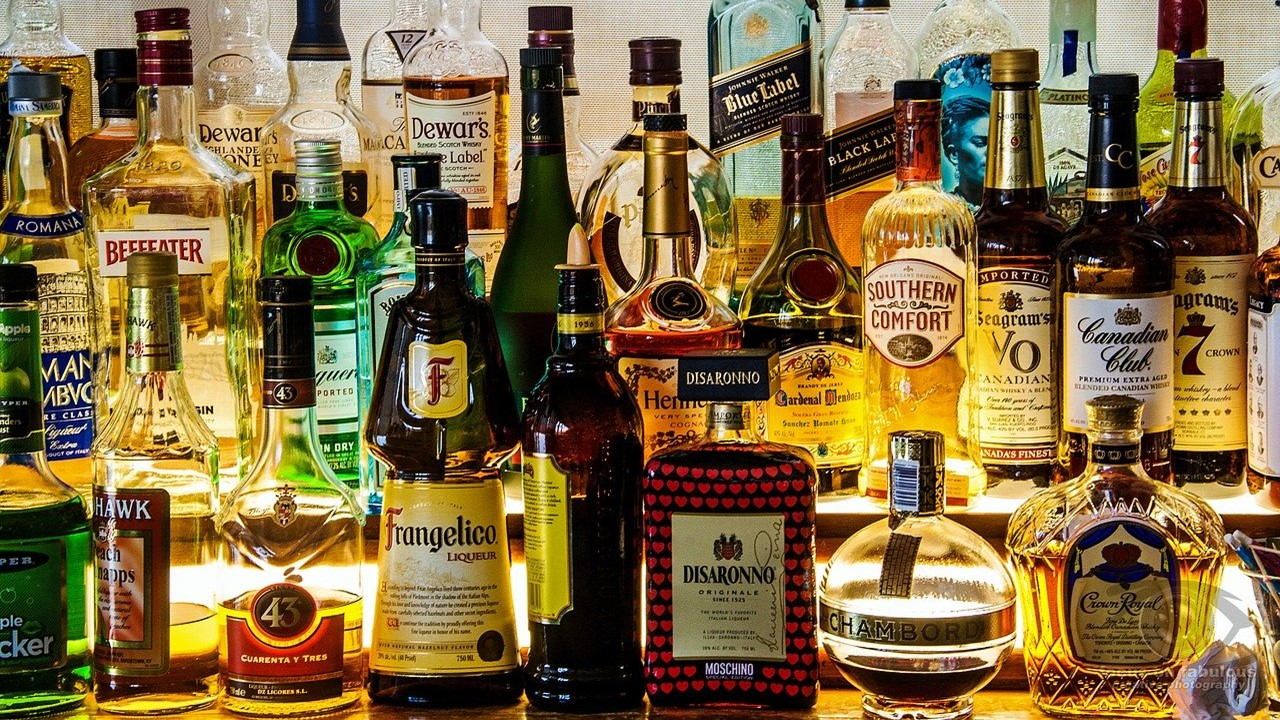 No service tax liability on license fee and other fee for grant of liquor license