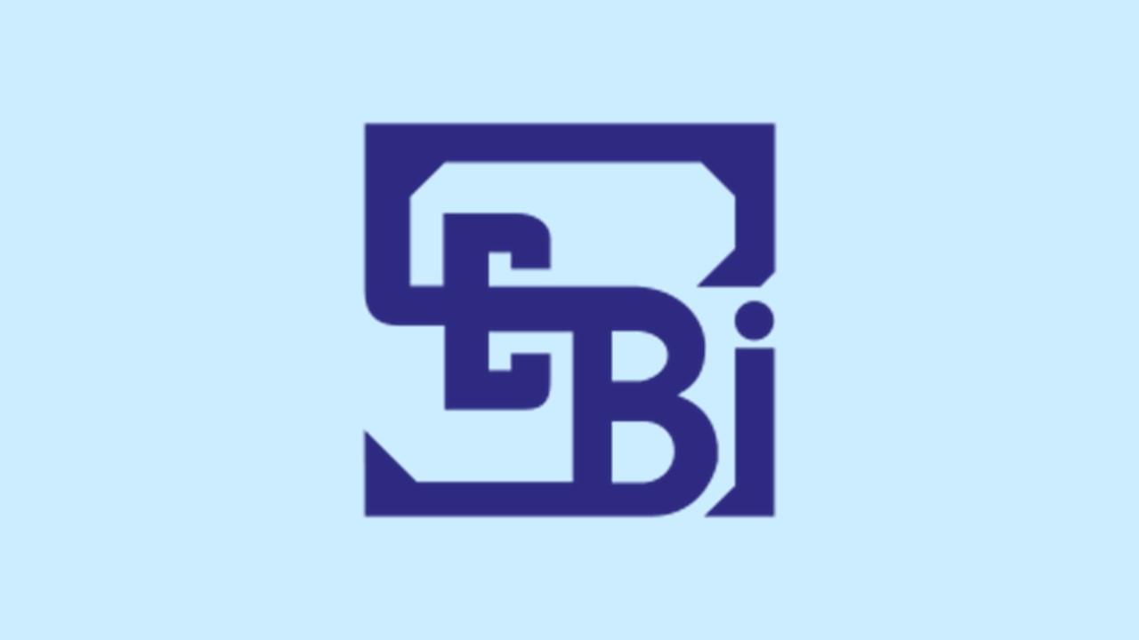 SEBI Requests investors to Link PAN with Aadhaar